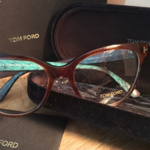 d756ee1d89e4 Tom Ford NWT Women s Cat Eye Frames TF 5291